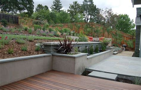stucco retaining wall backyard ideas wood