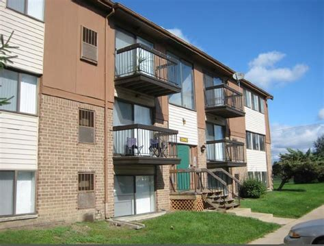one bedroom apartments in westland mi trafalgar square apartments rentals westland mi