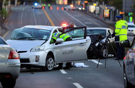 boat crash auckland police urges public to please slow down as road toll