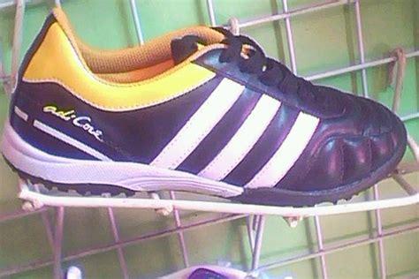 Sepatu Murah Aidas Kombinasi Oren toko sepatu murah april 2011