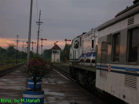 Oven Bima No 2 ka kelas eksekutif kereta api indonesia