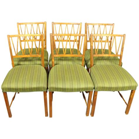 1940s Dining Room Furniture Set Of Six Dining Room Chairs In Walnut By A Cabinetmaker Circa 1940 For Sale At 1stdibs