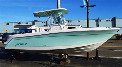 robalo boat merchandise 2016 robalo r260 26 foot 2016 robalo motor boat in