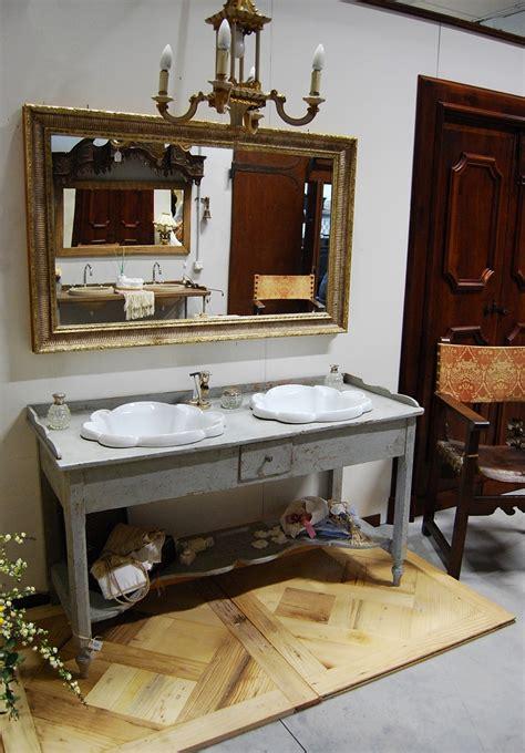 mobile da bagno  base antica porte del passato