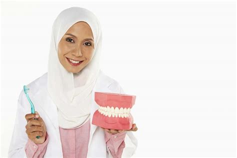 activated charcoal teeth whitening   work
