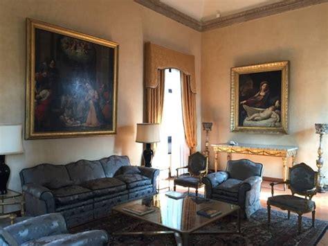 ambasciata d italia presso la santa sede il touring club italiano apre al pubblico l ambasciata