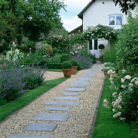 garden ideas uk clear a pathwway december gardening ideas 10 things to do housetohome co uk