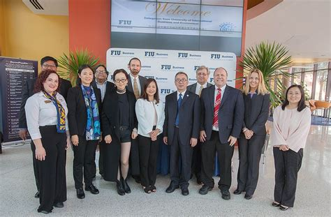 Fiu Healthcare Mba Curriculum by Fiu Business Partners With Uibe In China For Academic