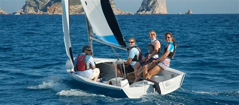 sailboat manufacturers support rs sailing the world s largest small sailboat