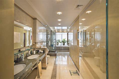 bathroom remodel cost minimum  medium level remodels