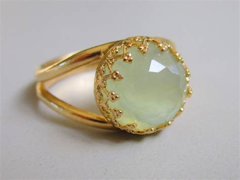 jade ring vintage ring gold ring green mint ring 10 mm
