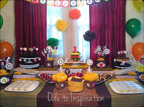 themed birthday parties jungle theme birthday cake ode to inspiration