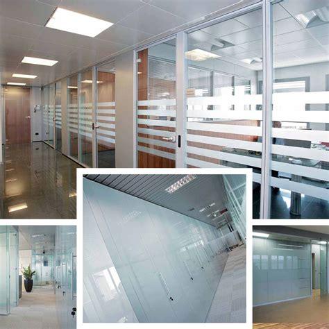 pareti in vetro per uffici pareti mobili in vetro per uffici luminosi ed eleganti