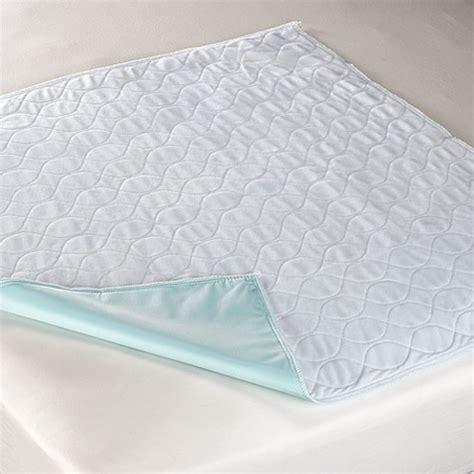 mattress pads waterproof mattress pad reviews wave bed waterproof mattress underpad bed bath beyond