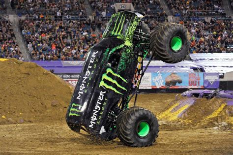 monster energy monster jam truck damon bradshaw headlines monster jam in australia