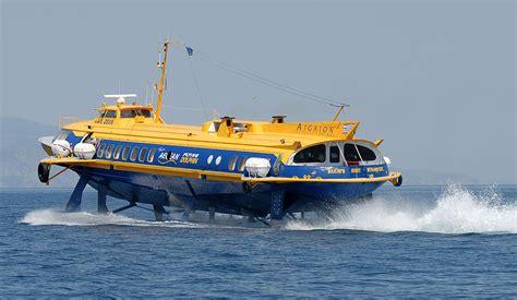 catamaran ferry wiki file hydrofoil near piraeus jpg wikimedia commons