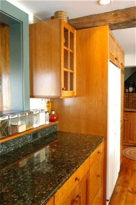 24 inch upper kitchen cabinets thirty inch deep base cabinets
