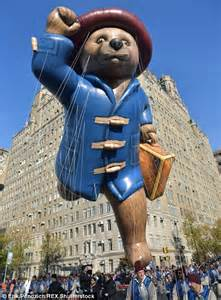 how long does the thanksgiving day parade last 3 5m expected at macy s thanksgiving day parade in new