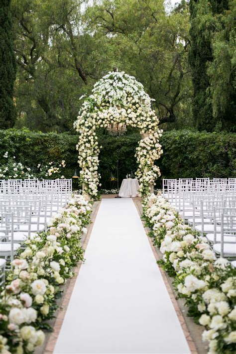 10 New Ideas for Wedding Ceremony Aisle Décor   Grand