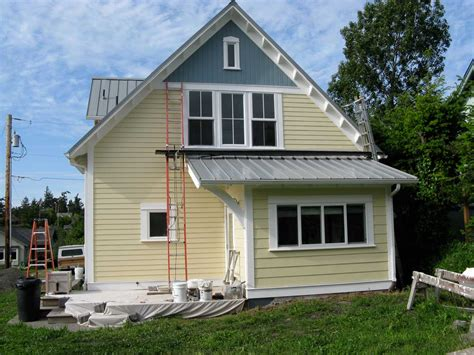 choosing exterior paint colors for a house exterior