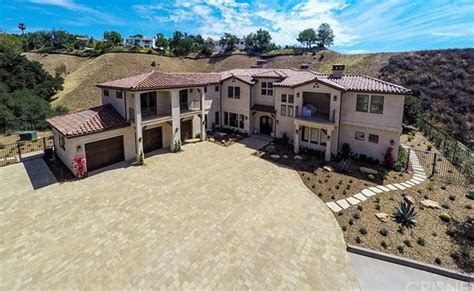 houses in calabasas 3 995 million newly built home in calabasas ca homes of the rich the 1 real