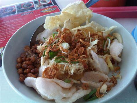 Bubur Ayam Syarifah Menu Sarapan Favorit di Yogyakarta