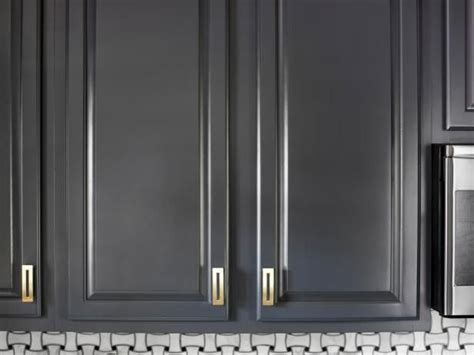 best paint for refinishing kitchen cabinets best 25 refinish cabinets ideas on how to