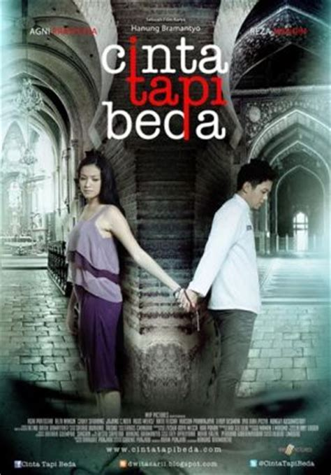 list film romantis indonesia 2013 review film cinta tapi beda all movie area