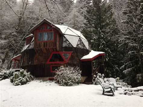 Cabins Oregon by 10 Cozy Snowy Cabins In Oregon You Re Going To That