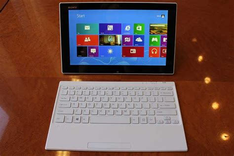 Sony Vaio Tablet Pc Windows 8 sony unleashes two windows 8 tablets the vaio tap 11 and
