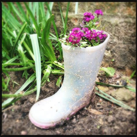 Welly Boot Planter by How To Make A Garden Planter For With An Welly