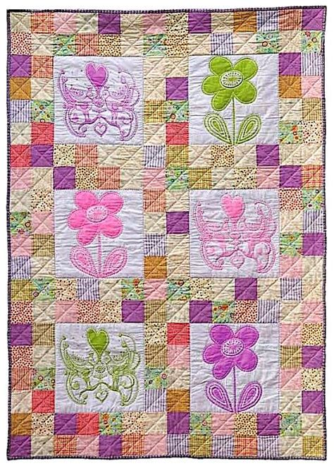 quilt pattern little girl 461 best hearts and flowers quilts images on pinterest