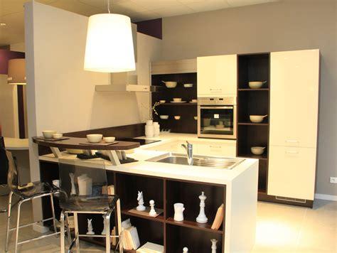 cuisine 駲uip馥 sur mesure magasin 224 d 233 couvrir la cuisine sur mesure inspiration