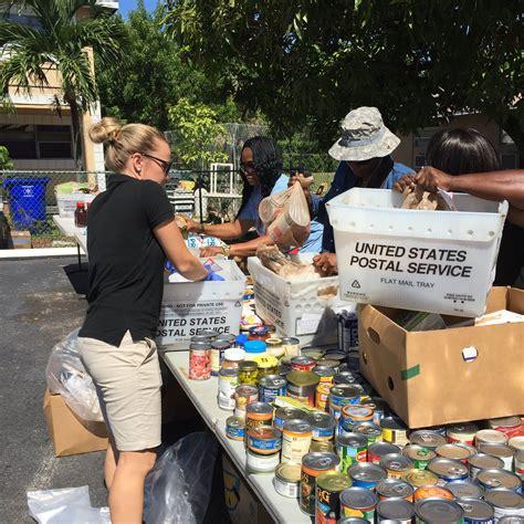 Wayne Barton Food Giveaway - wayne barton study center co hosts grocery giveaway boca raton news most reliable