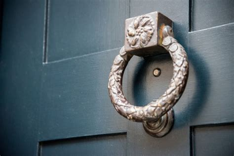 Easy Installing Door Knocker With Peephole The Homy Design Front Door Knockers With Peephole