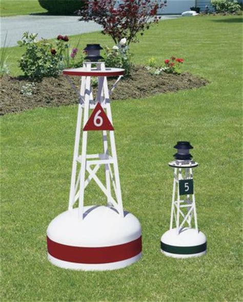 Nautical Themed Backyard by Best 25 Nautical Landscaping Ideas On
