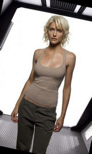 female characters  short blonde hair cosplay ideas