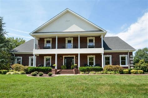 note 16 nashville tn homes com amazing 3 bedroom apartments 29 best rutherford county homes images on pinterest real