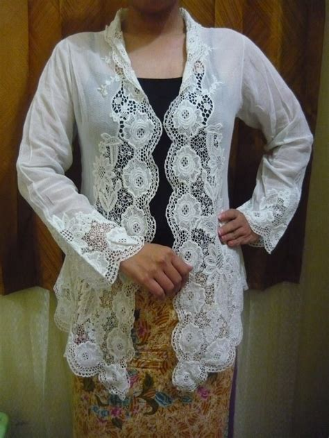 Kebaya Bordir Encim Daun 24 best kebaya images on batik dress kebaya