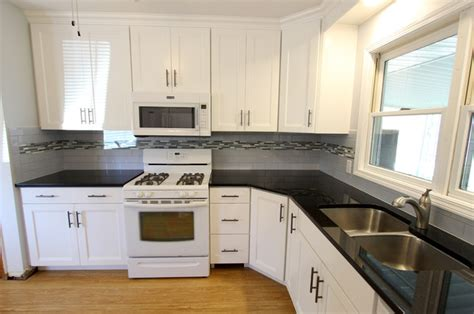 Black Pearl Granite White Cabinets by White Thermofoil Cabinets With Black Pearl Granite