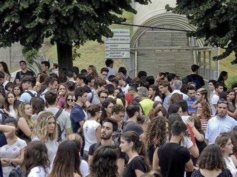 test d ingresso biotecnologie la carica dei 1300 gli studenti provano i test d ingresso