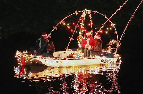 river street boat parade december filled with holiday boat parades across florida