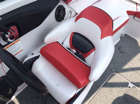 ski boat driver seat scarab 215 review with brad wardell