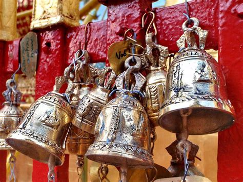 cchristmas boll temple 17 best images about bells windchimes chandeliers mobiles on le veon bell