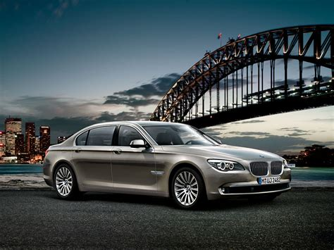 Bmw Series 7 by The Bmw 7 Series Sedan Wallpapers For Pc Bmw Automobiles