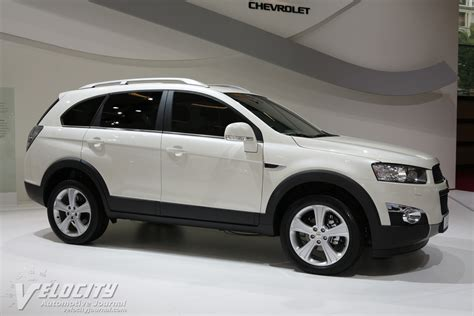 chevrolet captiva 2011 2011 chevrolet captiva pictures information and specs