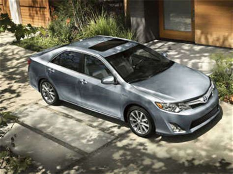 2012 toyota camry hybrid road test and review   autobytel.com