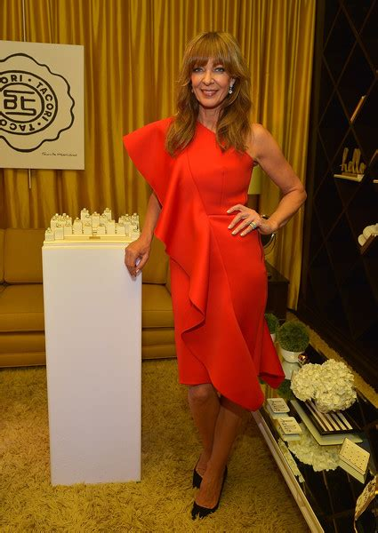Dress Allison allison janney clothes looks stylebistro