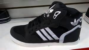 Hombres De Las Adidas Originals Extaball Alto Parte Superior Cuero Zapatos De Basquetbol Negro Blanco M20863 Zapatos P 194 by Zapatos Adidas Altos