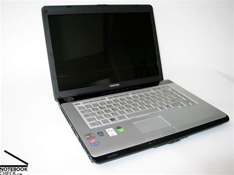 review toshiba satellite a200 1o6 notebook notebookcheck net reviews